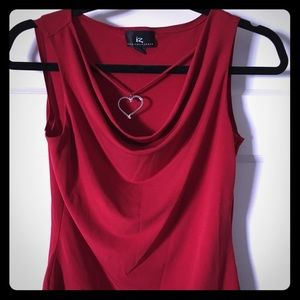 Cute red sleeveless top, M